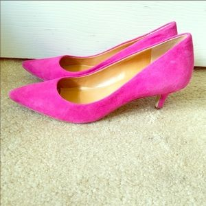 J crew pink suede kitten heels pumps